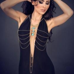 Chaine dorée avec bijou turquoise